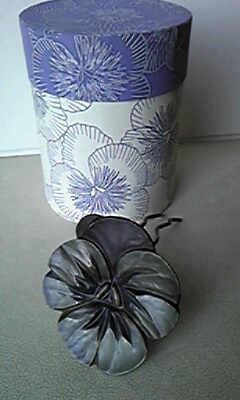 鎌倉彫創作展に出品しています。1
